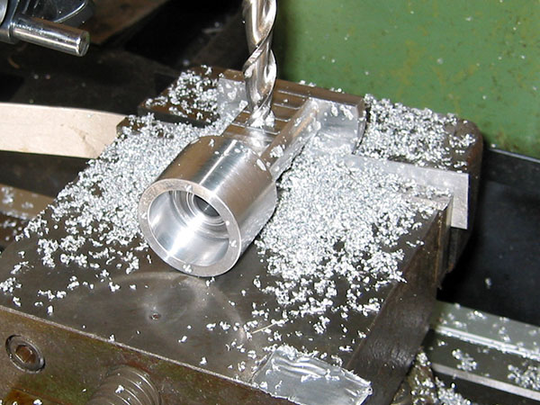Costi-fresatura-componenti-acciaio-piacenza